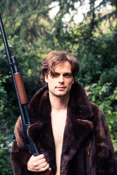 This is my favorite pic of Matthew Gray Gubler (Criminal Minds) in the history of the internet.