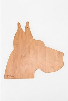 Dog Cutting Board - the shape is not practical for cutting at all, but come on, how awesome is this??