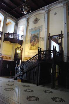Vila Penteado Rua Maranhão, 88 – Higienópolis Um dos últimos casarões remanescentes do estilo art nouveau de São Paul