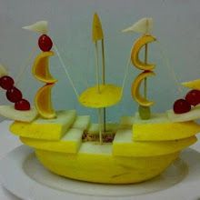 15+ Creative Fruit Carvings.