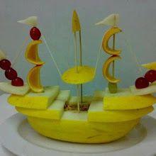 15+ Creative Fruit Carvings.
