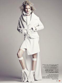 Vogue Turquia | Editorial de Moda Abril 2013 | Marique Schimmel por Emre Unal