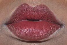 makeup lips Up late revising lip shapes. 1920 Makeup, Vintage Makeup, Gatsby Makeup, Beauty Make-up, Beauty Secrets, Beauty Hacks, Makeup List, Lip Makeup, Festival Make Up