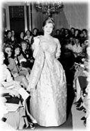 madame rosita -  Mme. Rosita foi uma verdadeira pioneira da Alta Costura feminina no Brasil, apresentando roupas elegantes e muito bem acabadas que conquistou uma clientela fiel. Adaptava alguns modelos de costureiros europeus para a mulher brasileira realizados com exclusividade para suas clientes.