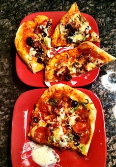Made homeade pizzas with my honey <3