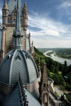 Schloss Drachenburg, Germany. -- 'is a private Villa in Palace style constructed in the late 19th century. In only two years 1882 till 1884 it was completed on the Drachenfels hill in Königswinter, a German town at the Rhine River near the city of Bonn. Baron Stephan von Sarter (1833–1902) a broker and banker planned to live there, but never did.' #places #castles #Germany