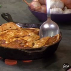 Recipe of the Day: Sunny's Easy Chicken Pot Pie Filled with juicy chicken, sweet peas and creamy gravy, pot pie makes it hard for other one-pot meals to even compete when it comes to comfort. Use chicken tenders and premade pie crust to speed up the cooking process so you can enjoy this hearty dish as soon as possible.
