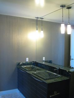 A Contemporary clean and fresh finish on a downtown master bathroom.