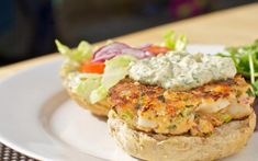 Salmon Scallop Cakes with Remoulade Sauce Healthy Meats, Healthy Recipes, Remoulade Sauce, Seafood Market, Seafood Dishes, Salmon Recipes, Salmon Burgers, Baked Potato