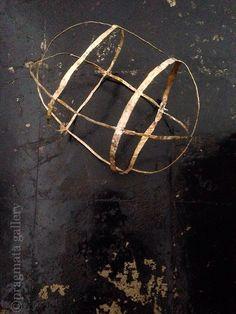 pragmata-gallery:  New artist at the gallery!  Bronze sculpture by Chihiro Akino.  秋野ちひろさんの金属彫刻です。