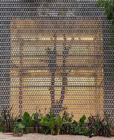 Galeria La Tallera, em Chapultepec, México. Projeto de Frida Escobedo. #arquitetura #arte #art #artlover #design #architecturelover #instagood #instacool #instadesign #instadaily #projetocompartilhar #shareproject #davidguerra #arquiteturadavidguerra #arquiteturaedesign #instabestu #decor #architect #criative #photo #decoracion #concreto #afeto #chapultepec #mexico