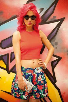 #ETAFASHION #moda #top #modafemenina #falda #gafas #cartera #print #flores