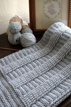 Crochet Baby Blanket Pattern - Berry Hedge