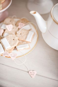THE VAULT FILES: Food File: How to make Valentine's Day Tea Bag Cookies