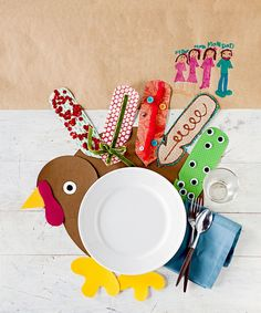 A great way to lure kids to their seats while Thanksgiving dinner is being prepared is to offer them a fun activity. #thanksgivingcrafts #forchildren #thanksgivingcraftsfortoddlers #easythanksgivingcrafts #thanksgivingcraftsforkids #bhg