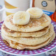Clatite pufoase cu banane pentru copii / Toddler banana pancakes - Madeline's Cuisine