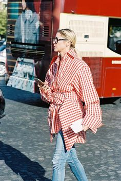 Wear summer checks in winter for an 2017 on-trend outfit