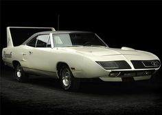 """"""" """" If the Superbird's front fenders and hood look familiar to all you gear-heads you are right…Plymouth snatched them from the Dodge Coronet's parts bin with some slight tweaks. The leading edge of the Coronets hood was cut. American Graffiti, Old Muscle Cars, American Muscle Cars, Harrison Ford, Mopar, Nascar, Plymouth Superbird, Foto Top, Us Cars"""