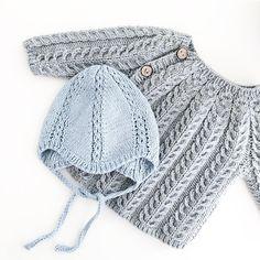 Høsten er her og idag har vi funnet frem disse fra strikkeskuffen Knitting For Kids, Knitting Projects, Baby Knitting, Crochet Baby, Knit Crochet, Cute Babies, Baby Kids, Play Clothing, Baby Sheep