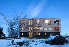 Not the most outstanding exterior, but there are some nice interior photos.| Dwell
