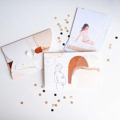 Folder Bliskość - mama 15x23 Modern Art, Polaroid Film, Cards, Contemporary Art, Maps, Playing Cards, Contemporary Artwork