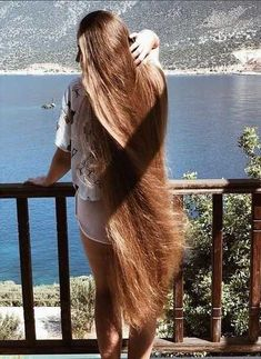 Beard and Company's hair growth products are formulated with premium organic ingredients like castor and tamanu oils that makes hair grow long and healthy. Beautiful Long Hair, Gorgeous Hair, Big Hair, Wavy Hair, Really Long Hair, Natural Hair Styles, Long Hair Styles, Long Brown Hair, Silky Hair