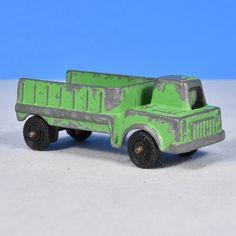 Shuttle truck Tootsietoy 1967 Axel is bent a little
