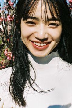 never seen her smile like that Japanese Models, Japanese Girl, Nana Komatsu Fashion, Komatsu Nana, Ulzzang, Pose Reference Photo, Aesthetic People, Fan Fiction, Aesthetic Pictures