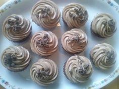 hyvä ja helppo cupcake ohje. saanto n. 12- 15 kpl riippuen vuuan koosta.