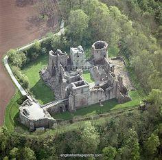Goodrich Castle N070081. Copyright © English Heritage