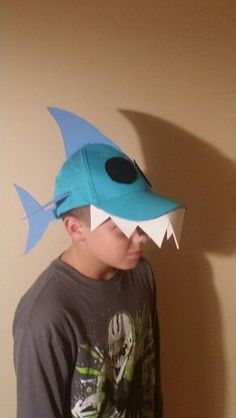 Shark hat for crazy hat day. Shark hat for crazy hat day. Crazy Hat Day, Silly Hats, Funny Hats, Projects For Kids, Diy For Kids, Fish Costume, Shark Costumes, Halloween Costumes, Wacky Hair Days