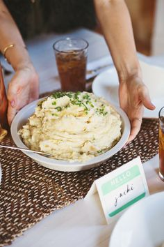 Mashed potatoes have got to be one of the ultimate comfort food side dishes. So, so good. Creamy...