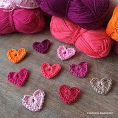 DIY – Crochet Valentine's Heart by BautaWitch Crochet Bedspread Pattern, Crochet Baby Blanket Free Pattern, Granny Square Crochet Pattern, Crochet Squares, Crochet Motif, Crochet Stitches, Crochet Patterns, Crochet Daisy, Diy Crochet