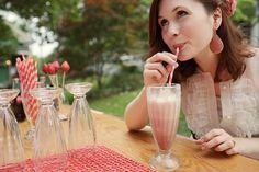 Retro Milkshake Bar Unique Wedding Ideas-26