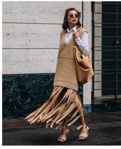 Milan Fashion Week Street Style, Spring Street Style, Cool Street Fashion, Street Style Looks, Street Chic, Street Style Women, Fashion News, Fashion Beauty, Hijab Fashion