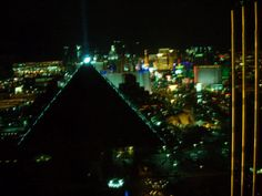 Las Vegas: The Strip in the background as seen from the Four Seasons