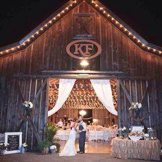 String Lights Outdoor Wedding - New ideas Rustic Wedding Reception, Barn Wedding Venue, Farm Wedding, Chic Wedding, Wedding Ideas, Dream Wedding, Wedding Pictures, Wedding Details, Barn Wedding Lighting