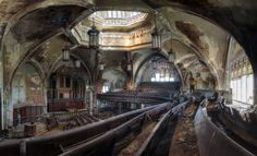 Abandoned Church In Detroit [1247x760]