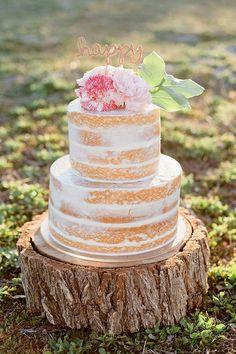 Gold Sparkle Happy Cake Topper | Amanda Hendrickson Photography | Blush and Gold Boho Bride at Magic Hour