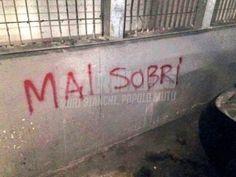 Star Walls - Scritte sui muri.  ahahahah!, ti spiego
