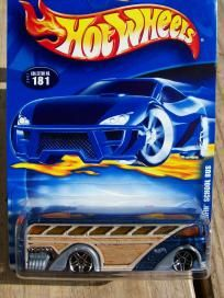 HOT WHEELS 2001 COLLECTOR # 181 .....  SURFIN SCHOOL BUS ....FREE SHIPPING!!