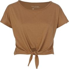 River Island Beige Tie Front Cropped T-Shirt (€4,51) ❤ liked on Polyvore featuring tops, t-shirts, shirts, blusas, crop tops, tie-front shirts, short sleeve shirts, short sleeve tee, short sleeve crop top and brown t shirt