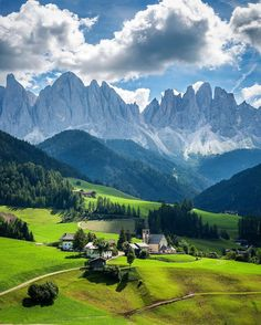 Explore Nature in Val di Funes Italy Best Places In Italy, Oh The Places You'll Go, Places To Travel, Nature Pictures, Cool Pictures, Les Continents, Voyage Europe, Mountain Landscape, Beautiful Places To Visit