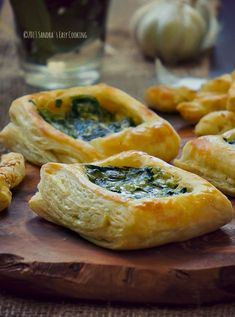 Spinach Alfredo Puff Pastry » Starbuck's Copycat clone recipe. Spinach, garlic, scallions and Alfredo sauce simply placed in the hollowed out center of a frozen puff pastry.