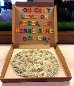 dinero-en-caja-pizza