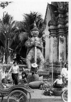 Battambang 1971 Thailand History, Battambang, Asia City, Thai Art, Angkor Wat, Rare Photos, Image Photography, Southeast Asia, Cambodia