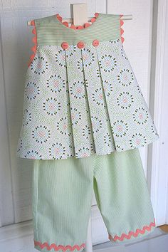 "Children's Corner ""Mallory"" w ""Charlotte"" pants. I love the Mallory pattern, but never thought about making it into a top. Could also put it with Becky shorts. Kids Frocks, Frocks For Girls, Dresses Kids Girl, Little Girl Dresses, Girls Dresses Sewing, Baby Girl Dress Patterns, Baby Dress Design, Children's Dress Patterns, Toddler Outfits"