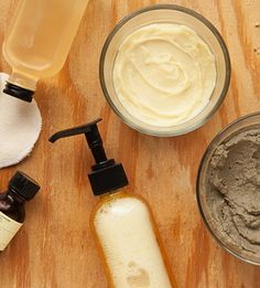 This a great article for tips about homemade moisturizer. Great for people with dry skin! How to make your own products (photos by Janelle Jones) Homemade Moisturizer, Homemade Skin Care, Homemade Beauty Products, Diy Skin Care, Hair Products, Neutrogena, Beauty Care, Diy Beauty, Beauty Makeup