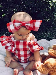 Baby Let´s Picnic Romper – Meine Della Doll Boutique - Kindermode So Cute Baby, Baby Kind, Baby Love, Baby Baby, Cute Babies, Little Babies, Outfits Niños, Newborn Outfits, Fashion Outfits