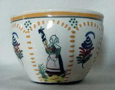 Gorgeous Vintage Henriot Quimper Cup & Saucer Peasant w/staff Croiselle Pattern